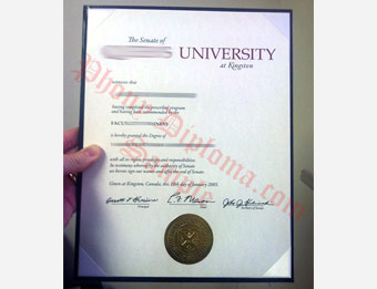 Queen's University - Fake Diploma Sample from United Kingdom